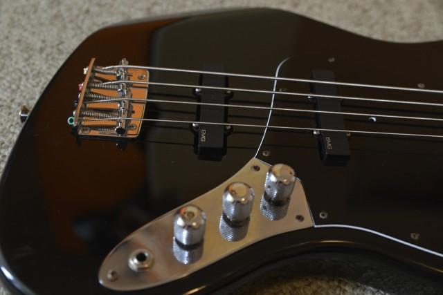 Продам fender jazz bass 99, mim, purple